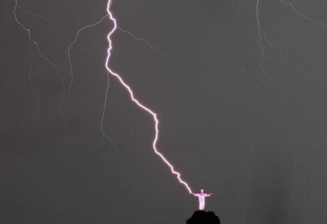 jesus thunderbolt rio edm news